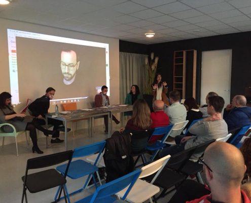 Dibattito a Eindhoven